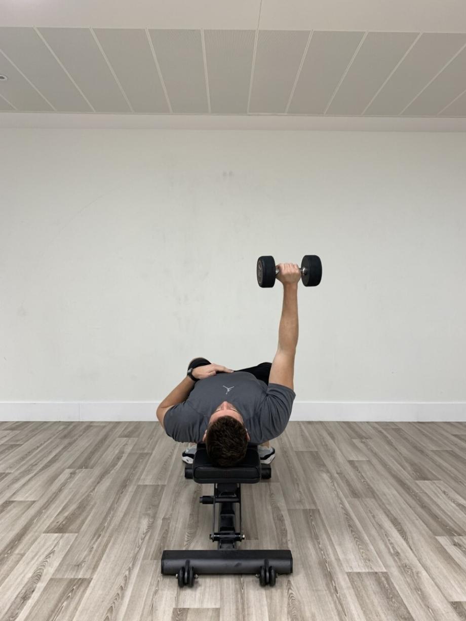 Single Arm Dumbbell Press 1